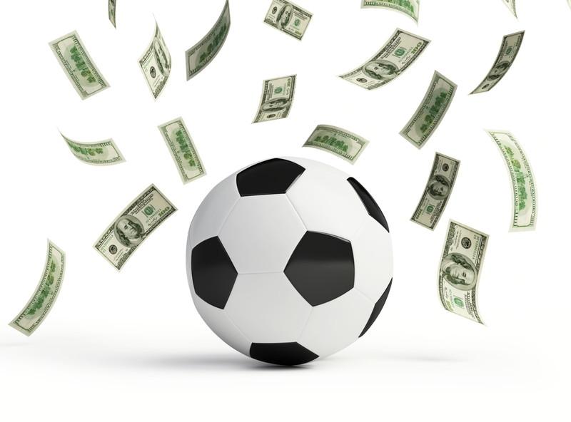 サッカーボール お金